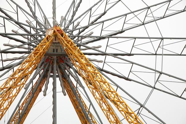 Grande structure mécanique du parc d'attractions de joie de la grande roue