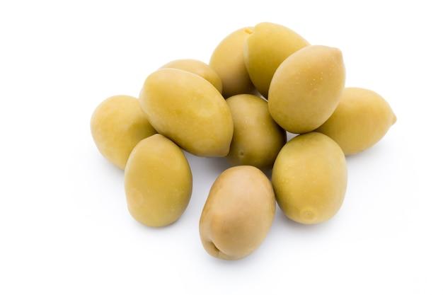Grandes olives vertes.