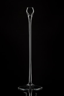 Grands chandeliers en verre contre le noir