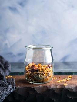 Granola maison au miel et aux châtaignes