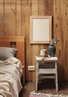 Graphiques modernes sur une surface en bois. intérieur scandinave. maquette de cadre photo en bois