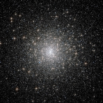 Grappes formation d'étoiles amas globulaire