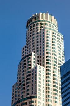 Gratte-ciel dans le quartier financier de los angeles en californie le 28 juillet 2011