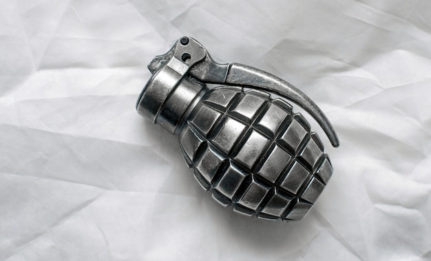 Grenade isolée