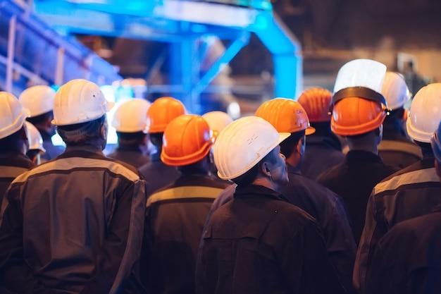 Grève des travailleurs de l'industrie lourde.