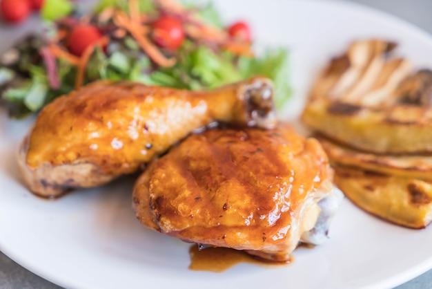 Grille steak de poulet avec sauce teriyaki