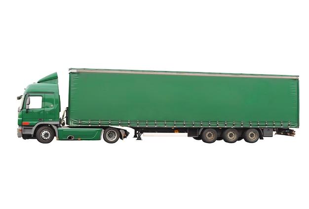 Gros camion vert. isolé sur fond blanc.