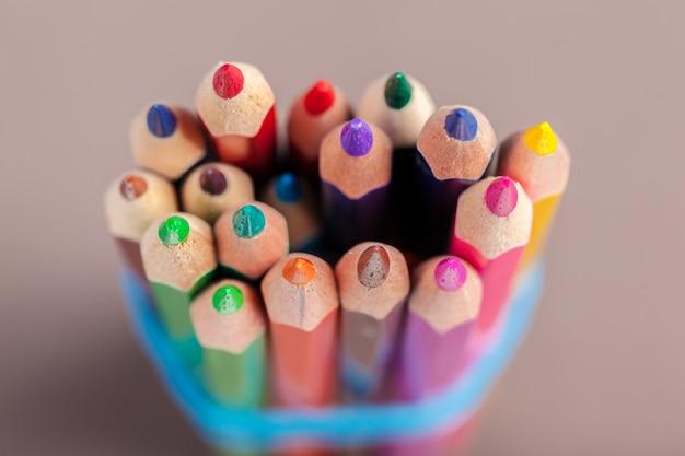 Gros coup de macro de crayon de couleur
