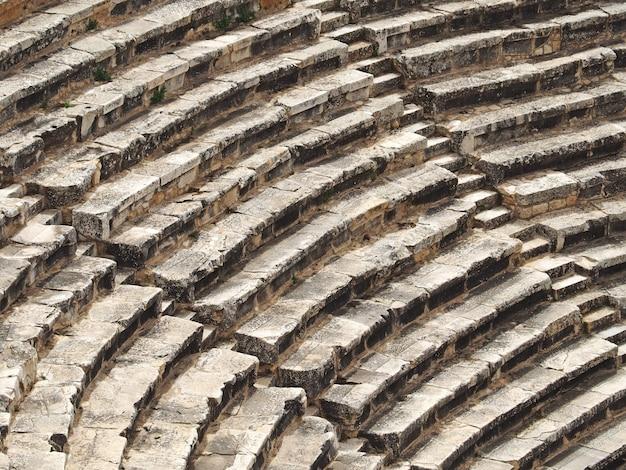 Gros plan de l'amphithéâtre antique à ephèse, en turquie.