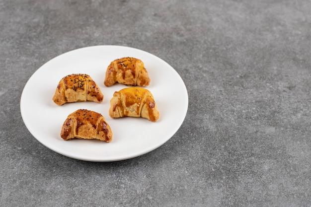 Gros plan de biscuits faits maison frais