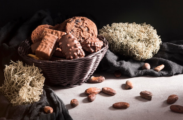 Gros plan, bonbons chocolat, dans, bol