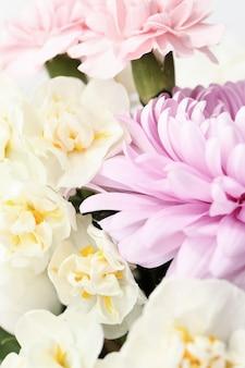 Gros plan de bouquet de belles fleurs
