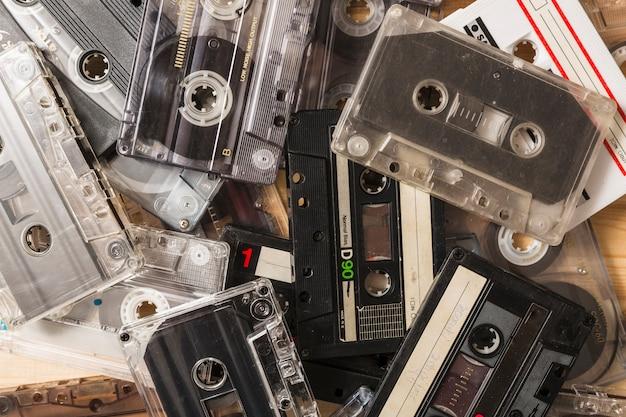 Gros plan de cassettes transparentes