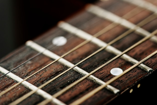 Gros plan de cordes de guitare