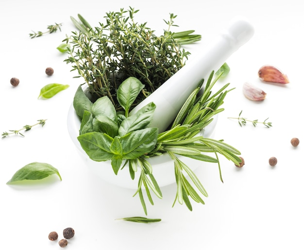 Gros plan, cuisine, herbes, sur, bol