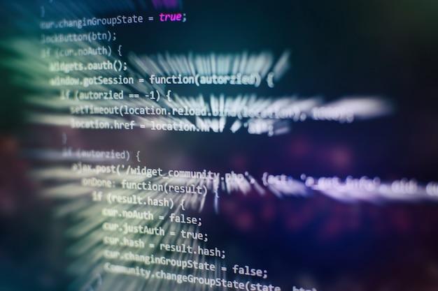 Gros plan sur le développement de technologies de programmation et de codage. développeur travaillant sur des codes de sites web au bureau.