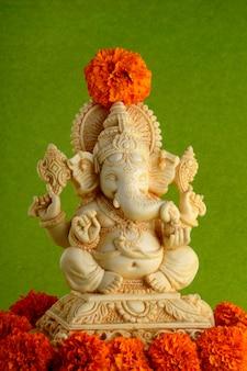 Gros plan sur le dieu hindou ganesha idol