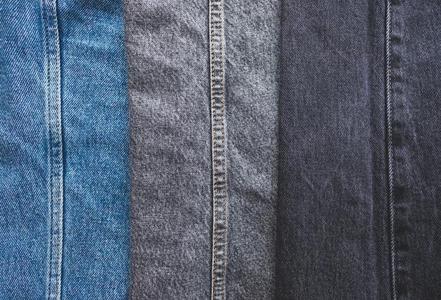 Gros plan sur différentes couleurs de jeans