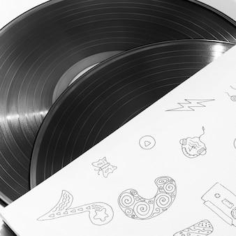 Gros plan des disques de vinyle dans leur étui