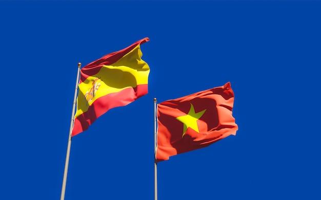 Gros plan sur les drapeaux de l'espagne et de la turquie