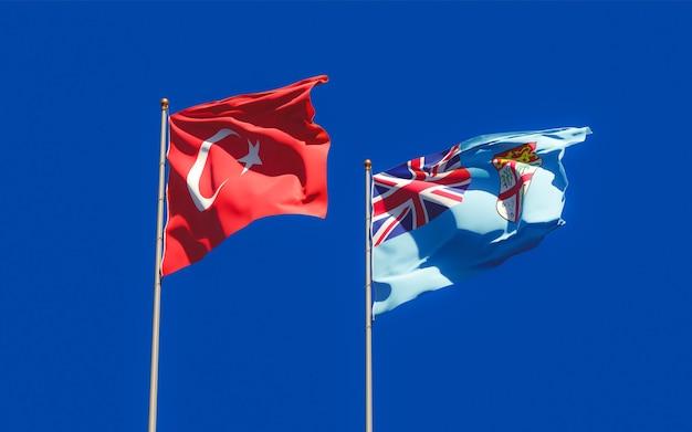 Gros plan sur les drapeaux des fidji et de la turquie