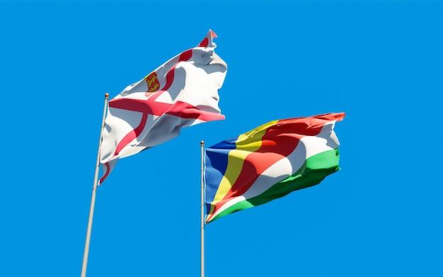 Gros plan sur les drapeaux de jersey et des seychelles