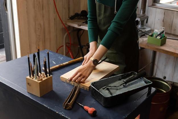 Gros plan du concept de travail artisanal