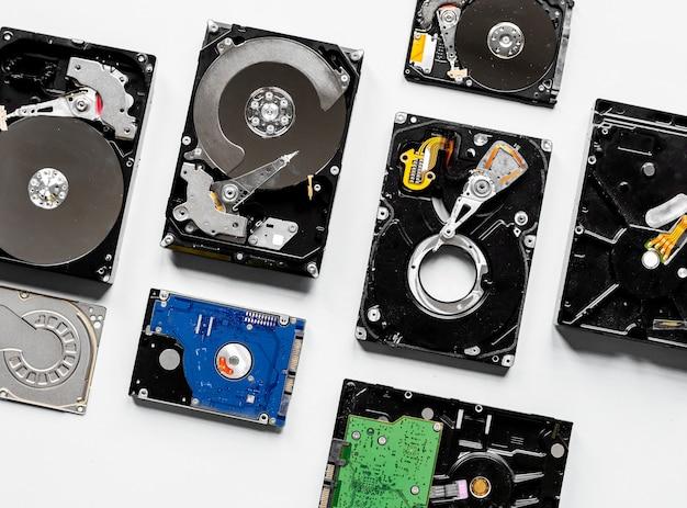 Gros plan du disque dur de l'ordinateur