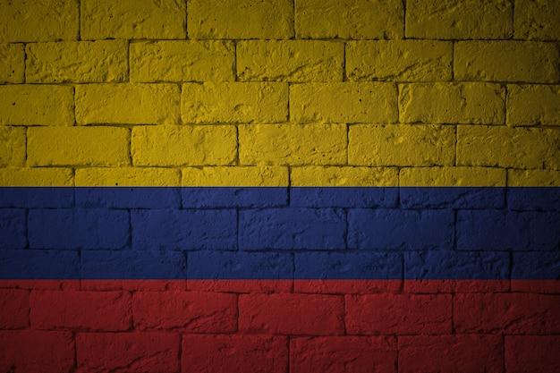 Gros plan du drapeau grunge de la colombie. drapeau aux proportions originales.