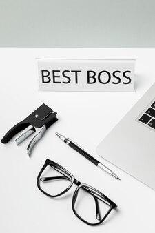Gros plan du meilleur message de boss