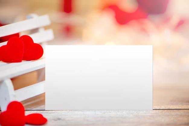 Gros plan du modèle de concept de conception de fond de carte de voeux saint valentin