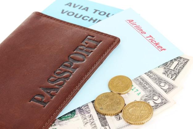 Gros plan du passeport et du billet