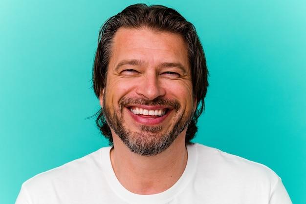 Gros plan du visage de l'homme d'âge moyen