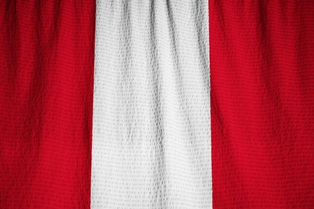 Gros plan, de, ébouriffé, pérou, drapeau, pérou, drapeau, souffler, dans, vent