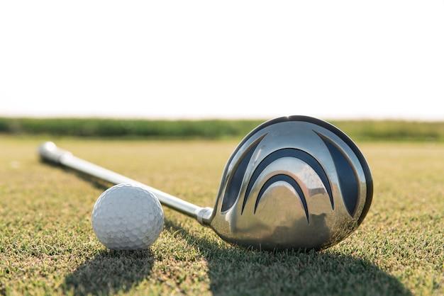 Gros plan de l'équipement de golf