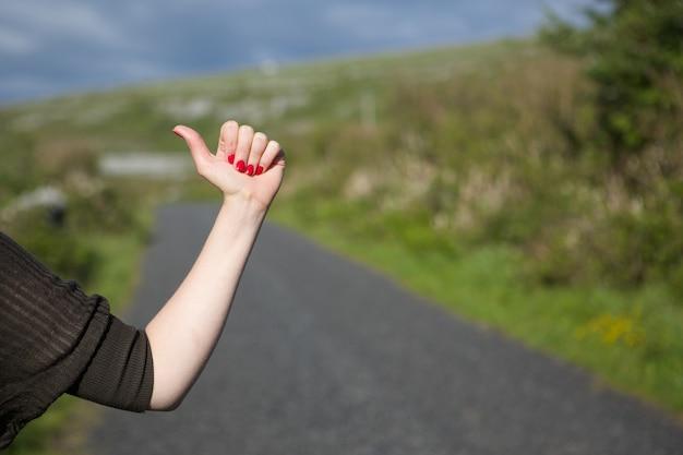 Gros plan, femme, auto-stop