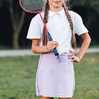 Gros plan, fille, tenue, badminton