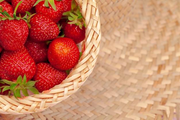 Gros plan, frais, fraise mûre, fruits