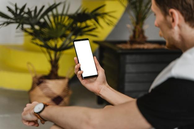 Gros Plan, Homme, Tenue, Smartphone Photo gratuit