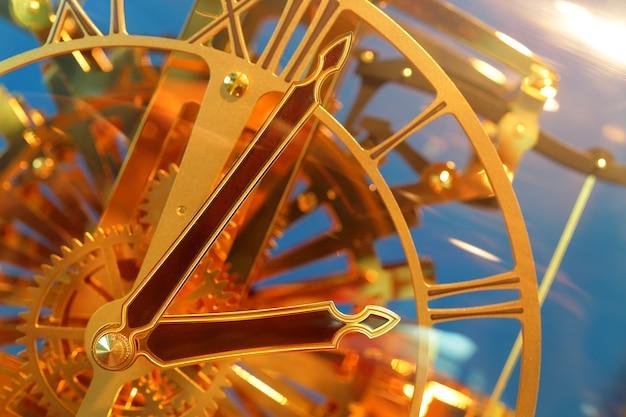 Gros plan de l'horloge vintage. sélectionnez le focus
