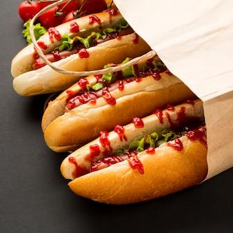 Gros plan, hot dogs, dans, sac papier