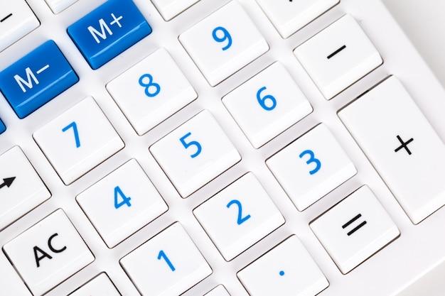 Gros plan image du clavier de la calculatrice