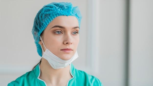Gros plan, infirmière, porter, équipement