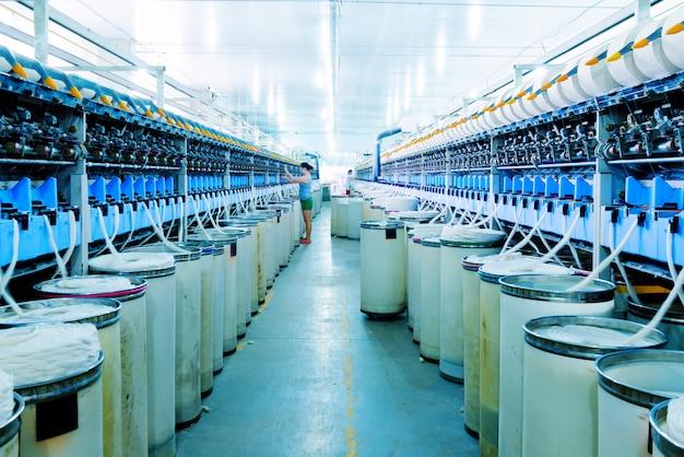 Gros plan, machinerie, filature, usine