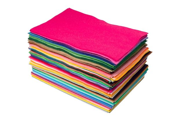 Gros plan de morceaux de feutre multicolores. photo haute résolution