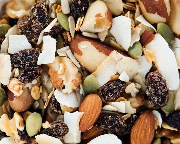 Gros plan de noix mélangées