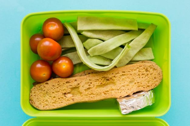 Gros plan de la nourriture dans la boîte à lunch