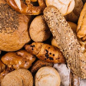 Gros plan, de, pain entier, cuit, pains