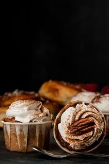 Gros plan, petits gâteaux, cannelle