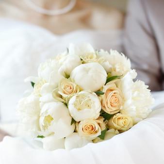 Gros plan, photo, de, mariage, bouquet fleurs